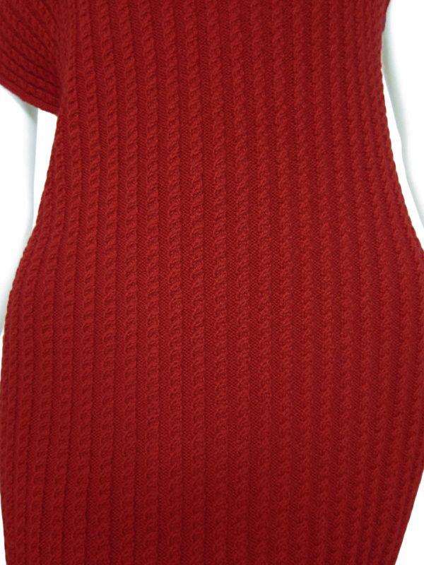 knit dress brainding detail