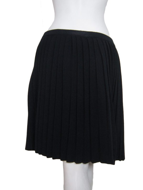 Pleated Skirt in United Knit Point - Back Side 1