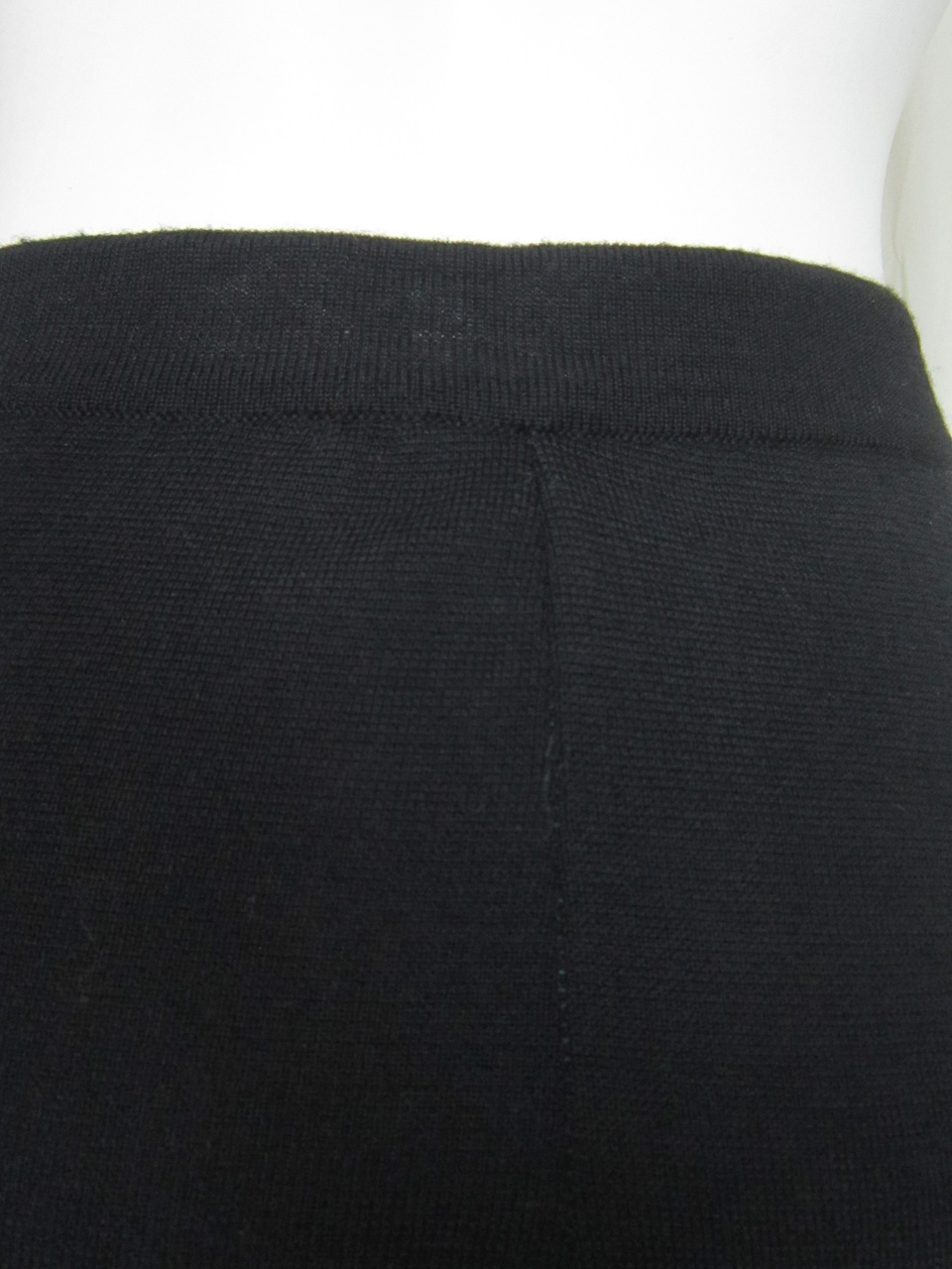 Palazzo Pants in Milano Point Detail